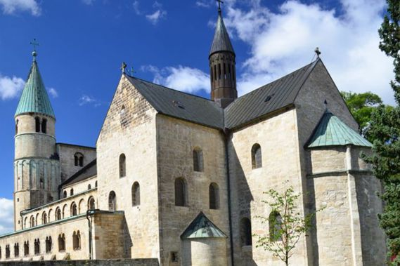 Collegiate-Church-St-Cyriakus-Gernrode