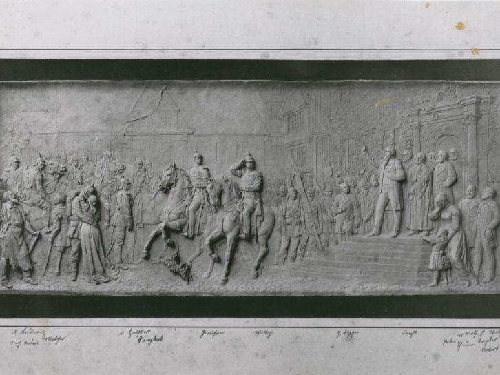 richard-anders-reliefplatte-reiterdenkmal-quedlinburg